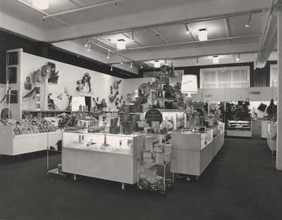 Hugh Lauder & Co store interior 1960s